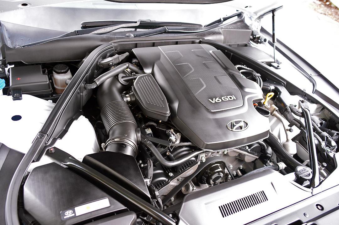 2014 Hyundai Genesis DH DH Sedan