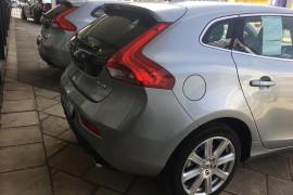 2016 MY17 Volvo V40 M Series D4 Inscription Sedan