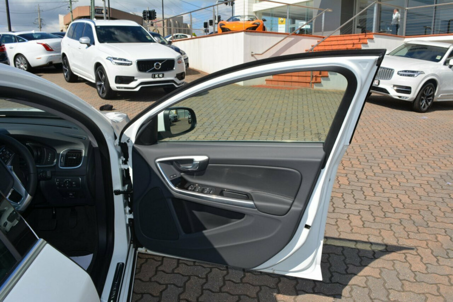2014 MY15 Volvo S60 F Series D4 Luxury Sedan
