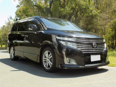 Nissan Elgrand Highway Star Premium PE52