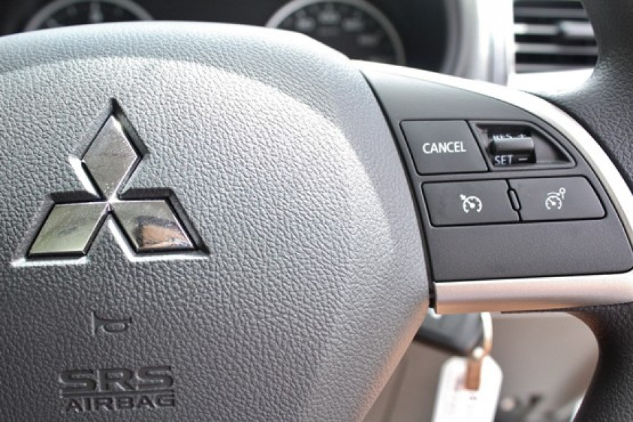 2016 Mitsubishi Triton MQ GLX Plus Double Cab Pick Up 4WD Utility
