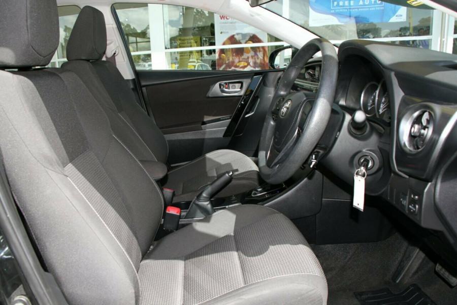 2015 Toyota Corolla ZRE182R Ascent S-CVT Hatchback