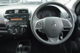 2016 Mitsubishi Mirage LA ES Sedan
