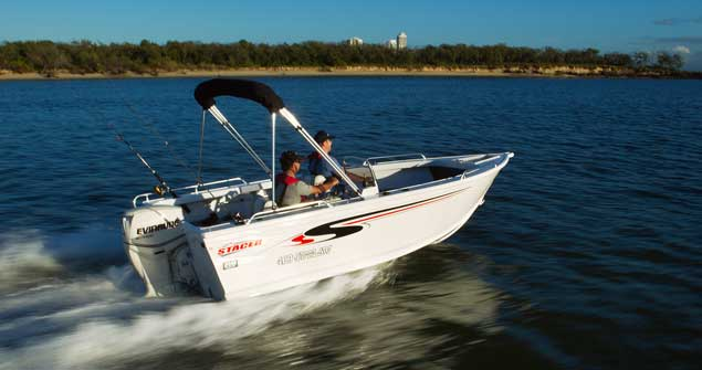 New Stacer 469 Outlaw Side Console