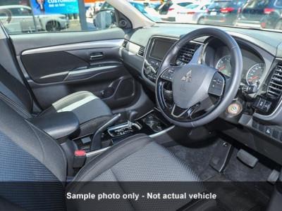 Mitsubishi Outlander LS 2WD 7 Seat ZK
