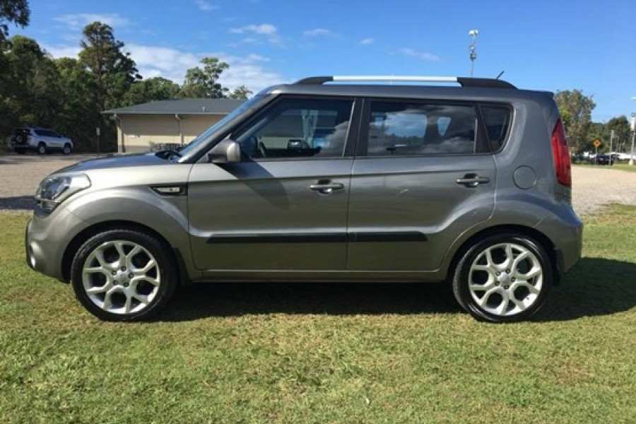 2011 MY12 Kia Soul AM  + Hatchback