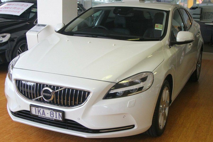 2016 MY17 Volvo V40 M Series MY17 D4 Adap Geartronic Inscription Hatchback