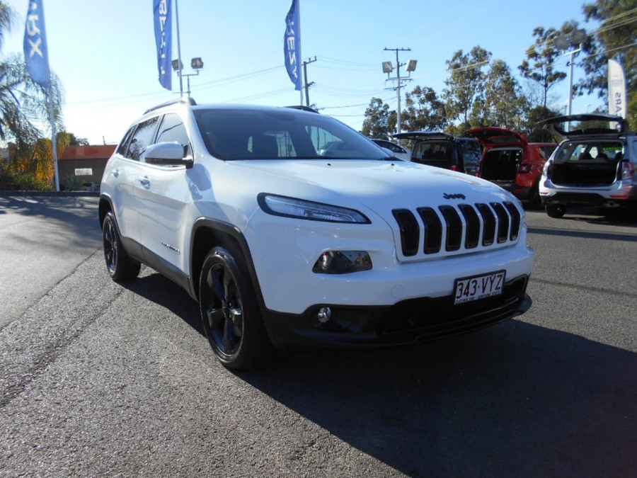 2015 Jeep Cherokee KL Blackhawk Wagon