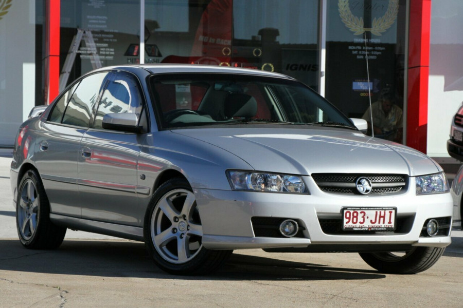 2005 Holden Commodore VZ Lumina Sedan