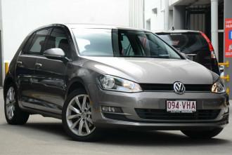 Volkswagen Golf 103TSI DSG Highline VII MY15