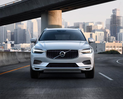 All New XC60 Momentum