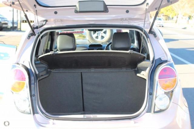 2010 Holden Barina Spark MJ MY11 Hatchback