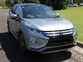 Mitsubishi Eclipse Cross Exceed 2WD YA