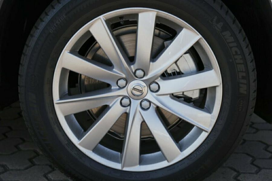 2016 MY17 Volvo XC90 L Series D5 Momentum Suv