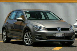 Volkswagen Golf 110TDI Highline VII