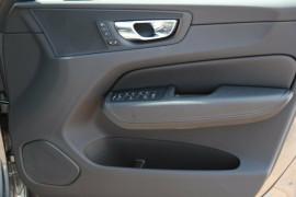 2017 MY18 Volvo XC60 UZ D4 Inscription Suv