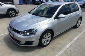 Volkswagen Golf Comfortline VII 90TSI
