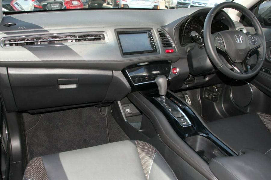 2017 Honda HR-V VTi-L Hatchback