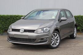 Volkswagen Golf 110TSI Highline VII