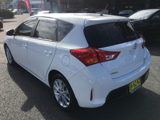 2013 Toyota Corolla ZRE182R Ascent Hatchback