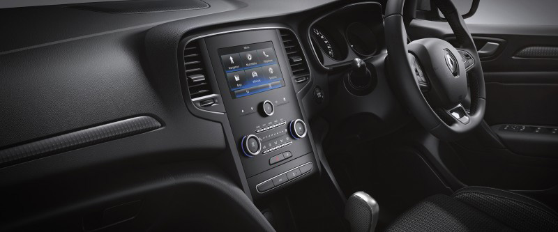 Megane Sedan Intuitive sat-nav & multimedia with 7