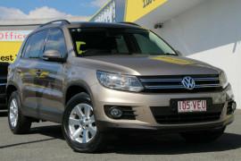 Volkswagen Tiguan 103TDI DSG 4MOTION Pacific 5N MY13.5