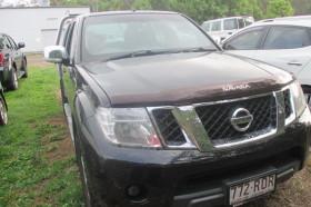 Nissan Navara ST-X D40