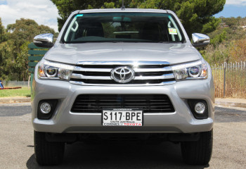 2017 MY16 Toyota HiLux GUN Series SR5 4x4 Double-Cab Pick-Up Utility