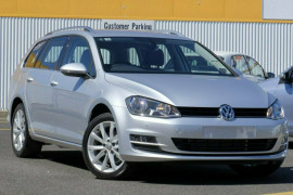 Volkswagen Golf Wagon 110TSI Highline VII