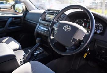 2011 MY Toyota Landcruiser VDJ200R  GX Wagon