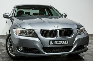 BMW 320i Executive Steptronic E90 MY10