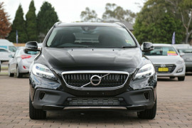 2017 Volvo V40 Cross Country M Series T5 Inscription Hatchback