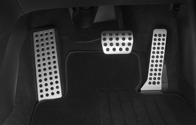 """<img src=""""Alloy Pedal Covers (AT)"""