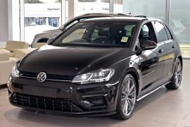 Volkswagen Golf Wolfsburg Edition 7.5