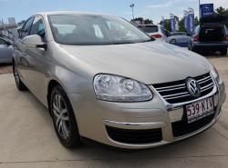 Volkswagen Jetta FSI 1KM