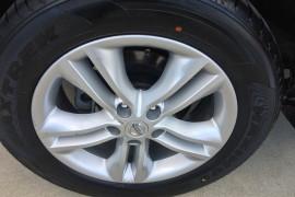 2013 MY12 Nissan DUALIS Hatchback