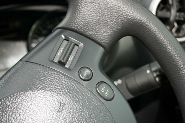 2010 MY09 Nissan Dualis J10 MY2009 ST Hatch Hatchback