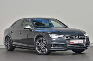 Audi S4 B9 F4