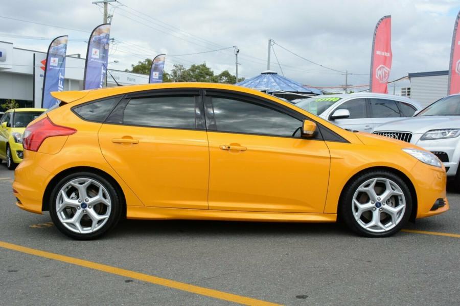 Buy Demo Cars Brisbane