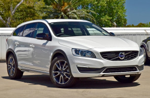 Volvo V60 Cross Count Luxury F Series  D4