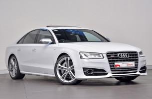 Audi S8 4H