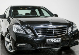 Mercedes-Benz E250 CDI BlueEFFICIENCY Avantgarde W212
