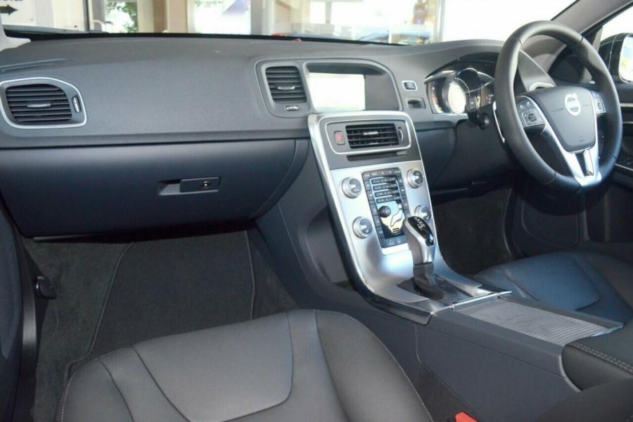 2016 MY17 Volvo V60 Cross Country T5 Luxury Wagon