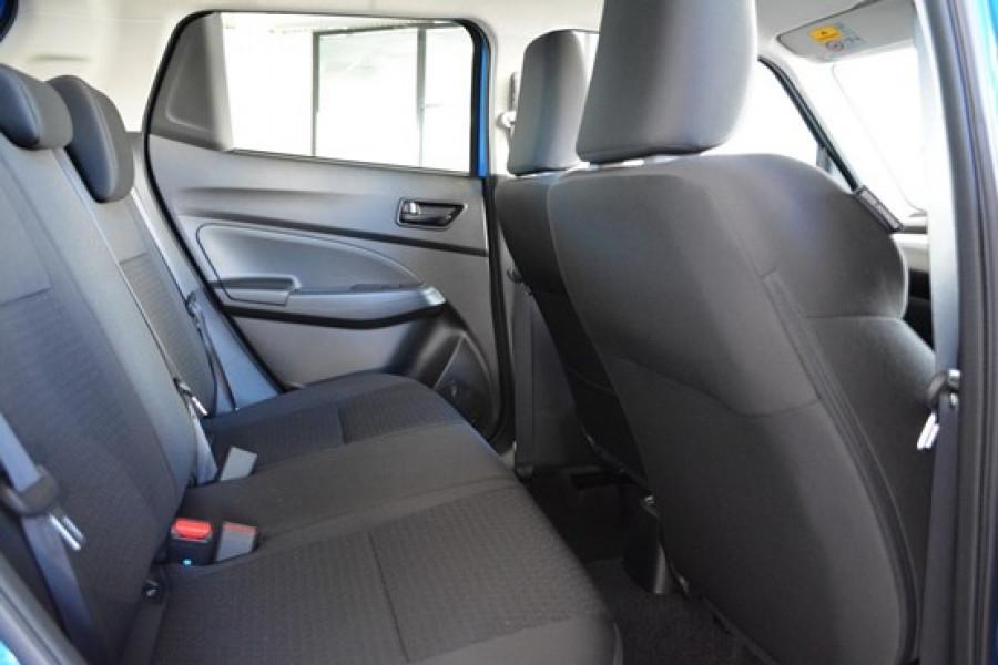 2017 Suzuki Swift AZ GL Hatchback