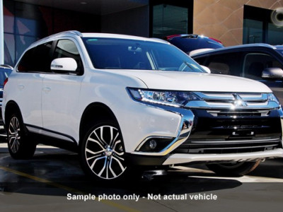 Mitsubishi Outlander LS AWD 7 Seat ZK