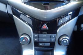 2015 Holden Cruze Jhf CRUZE TURBO SRI-V Sedan