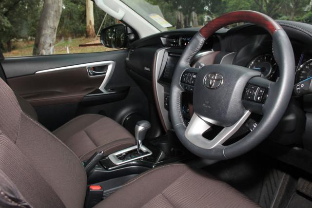 2017 MY16 Toyota Fortuner GUN156R GXL Wagon