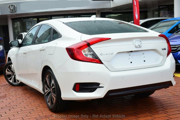2017 Honda Civic Sedan 10th Gen VTi-LX Sedan