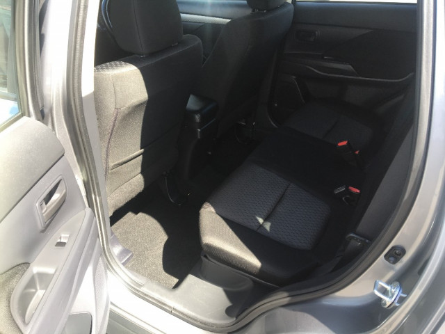 2014 MY13 Mitsubishi Outlander ZJ ES Wagon