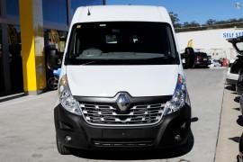 2017 Renault Master Van X62 Long Wheelbase Van
